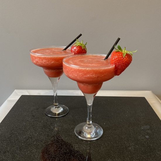 Strawberry Daiquiri - Popular Cocktails